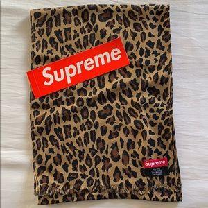 Supreme Scarf